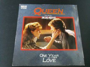 "12"" Vinyl maxi Queen One year of love (France)"