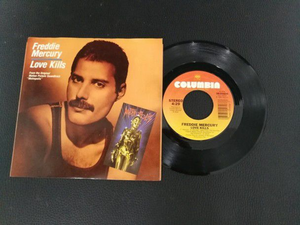 "7"" Vinyl single Freddie Mercury Love..."