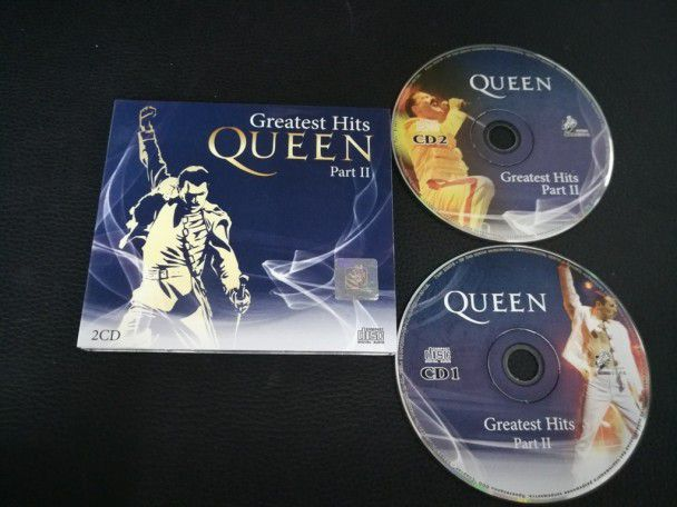Cd Album Queen Greatest hits (Russia)...