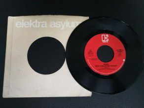 "7"" Vinyl single Queen Need..."