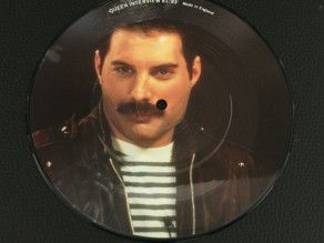 """7"""" Vinyl single Queen 9..."""