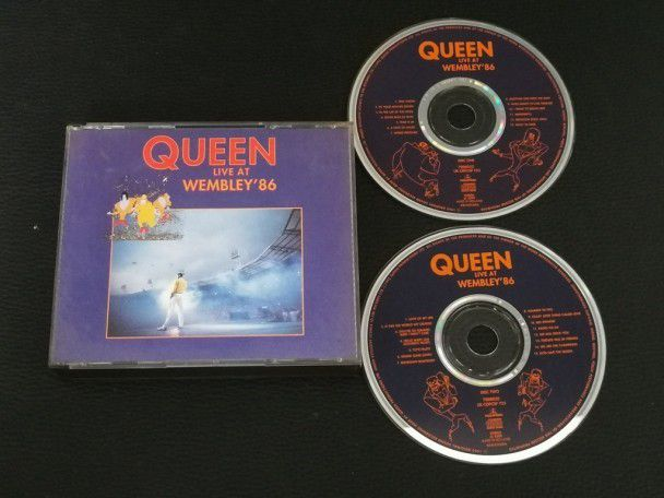 Cd Album Queen Live at Wembley...