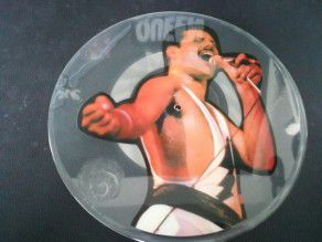 """7"""" Vinyl Queen press..."""