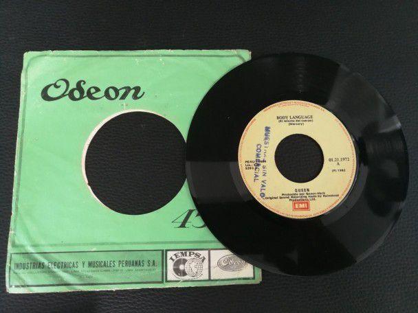 "7"" Vinyl single Queen Body language..."
