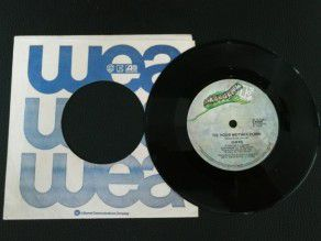 "7"" Vinyl single Queen Tie..."