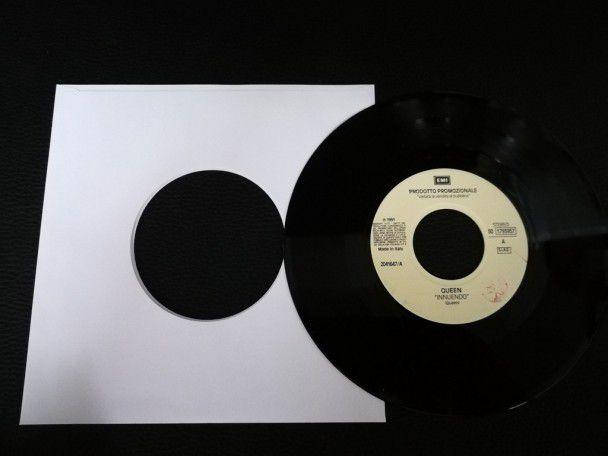 """7"""" Vinyl single Queen Innuendo..."""