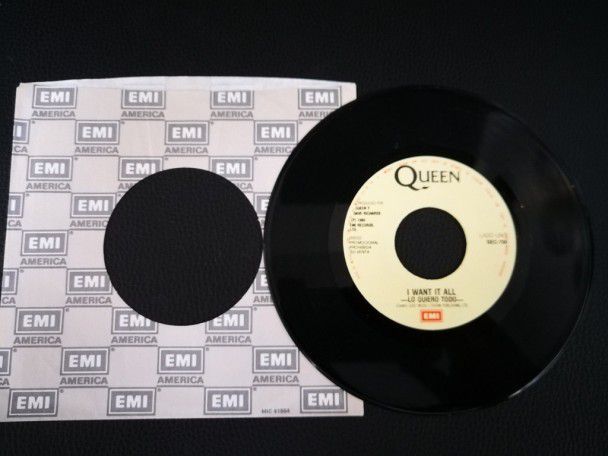 "7"" Vinyl single Queen I want it all..."