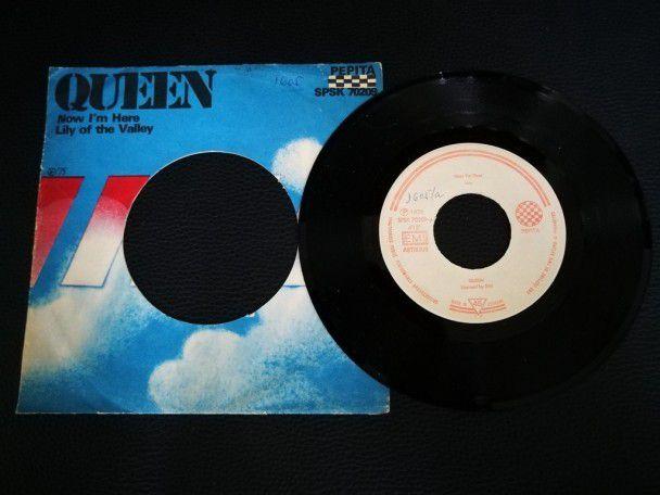 """7"""" Vinyl single Queen Now i'm here..."""