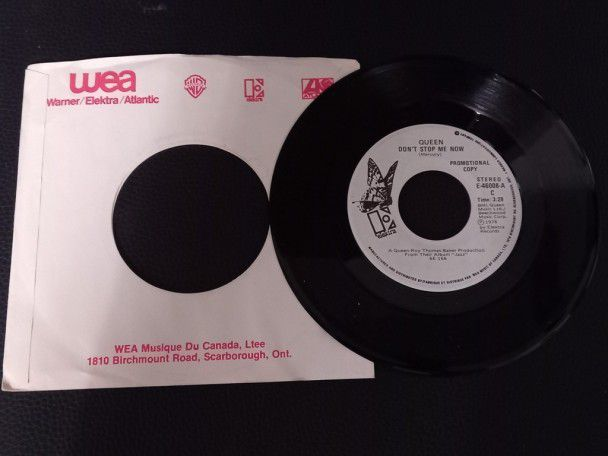 """7"""" Vinyl single Queen Don't stop me..."""