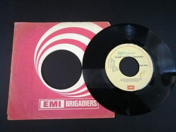 "7"" Vinyl single Queen Thank god its..."