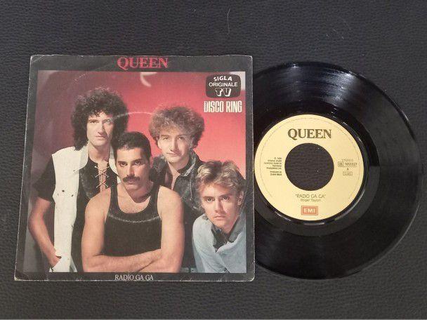 "7"" Vinyl single Queen Radio Ga Ga..."