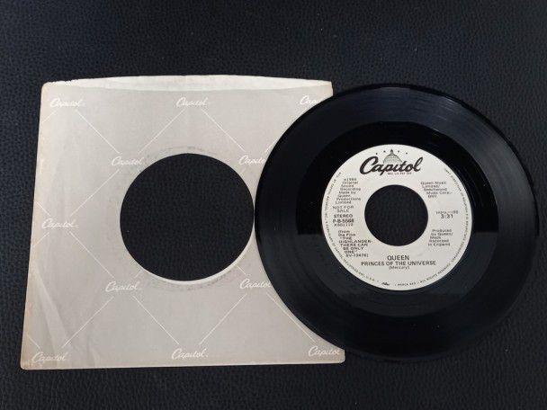 "7"" Vinyl single Queen Princess of the..."