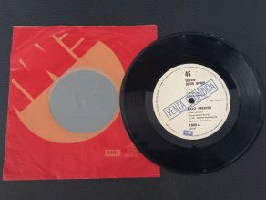 "7"" Vinyl single Queen and..."