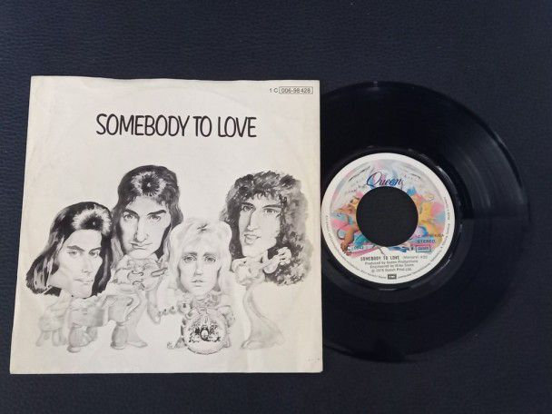 "7"" Vinyl single Queen Somebody to..."