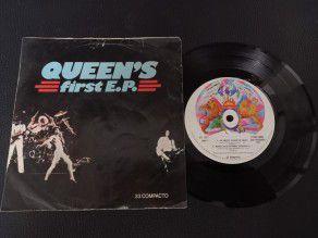 """7"""" Vinyl single Queen First..."""