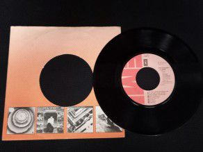 "7"" Vinyl single Peter..."