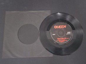 """7"""" Vinyl single Queen Love..."""