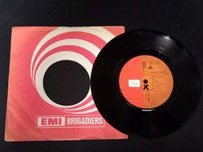 """7"""" Vinyl single Queen Now..."""