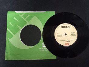 """7"""" Vinyl single Queen Thank..."""